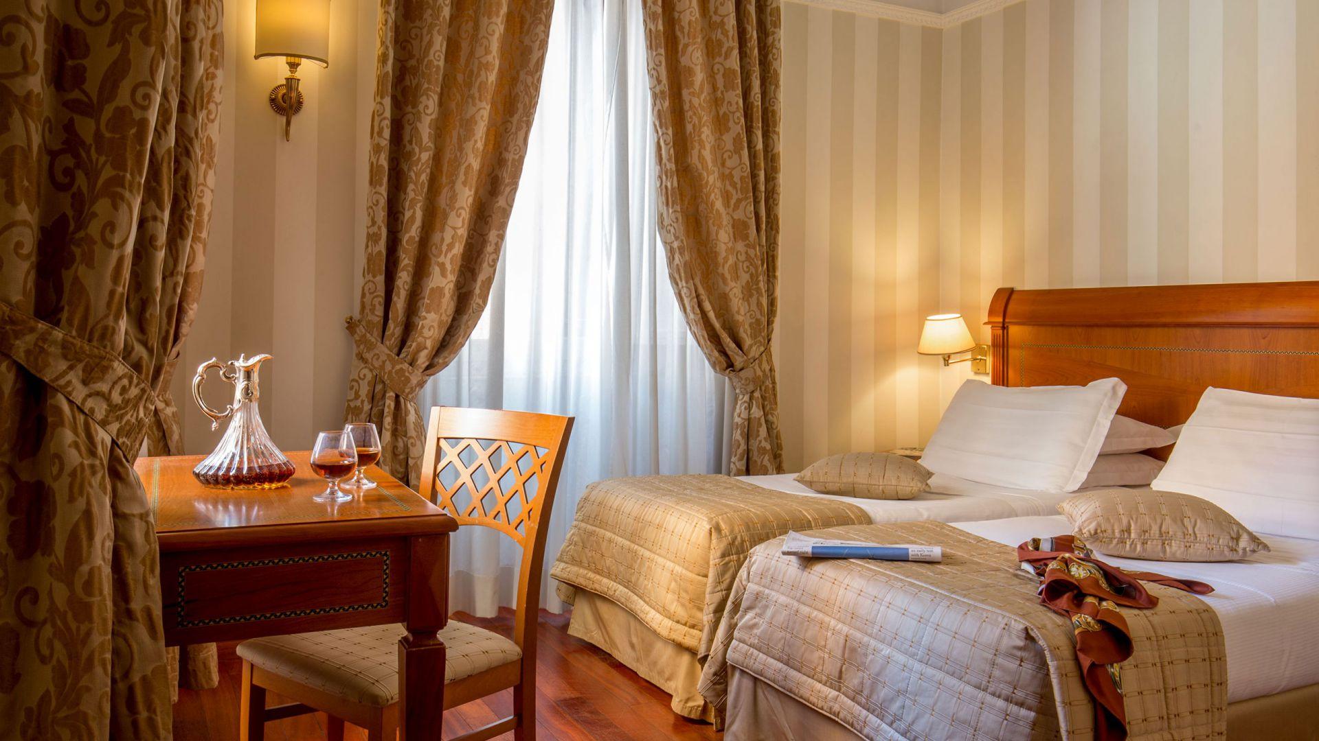 albergo-ottocento-rome-chambre-double-deluxe-08