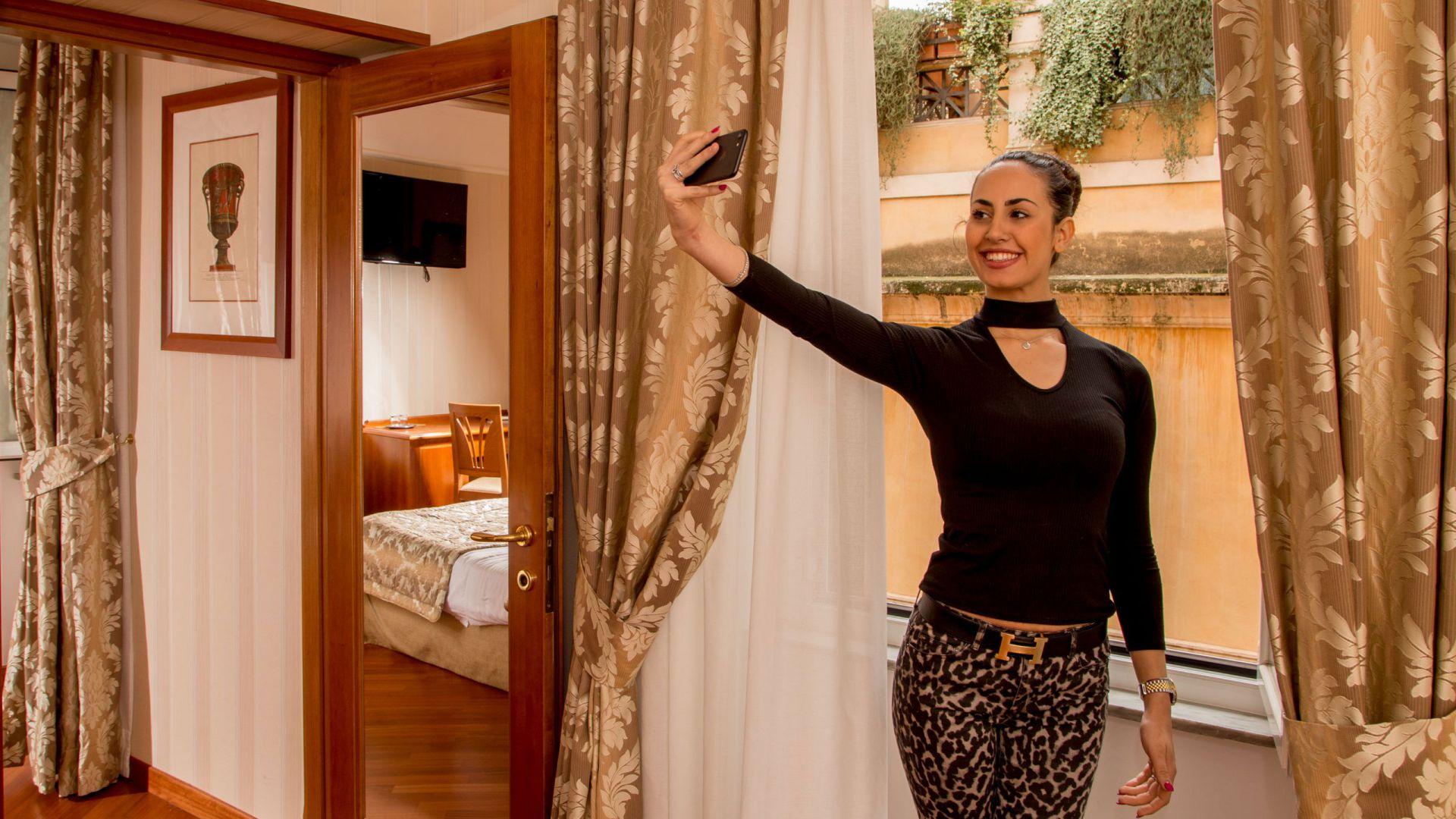 albergo-ottocento-rome-chambre-double-deluxe-23