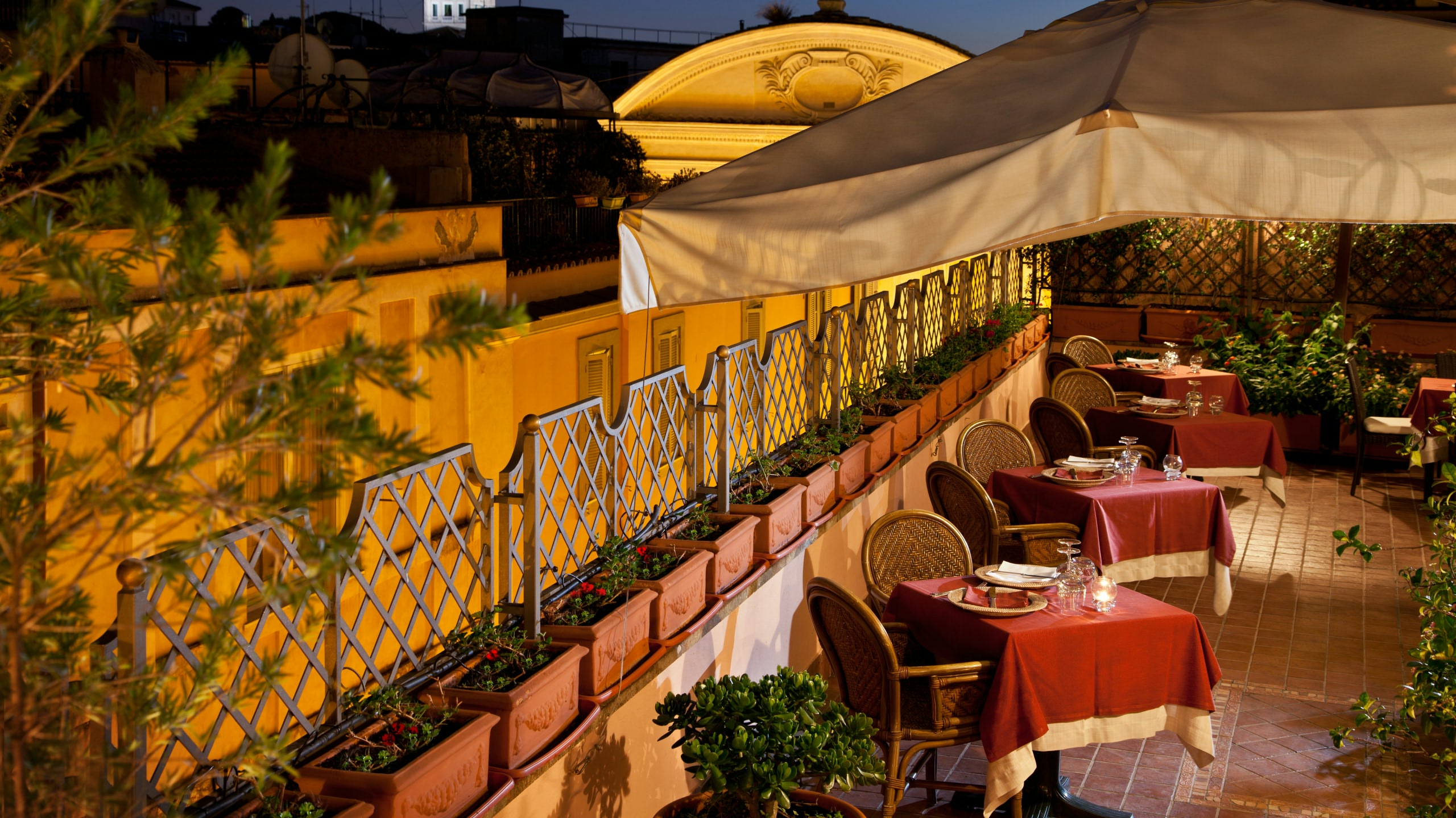 albergo-ottocento-rome-terrace-05