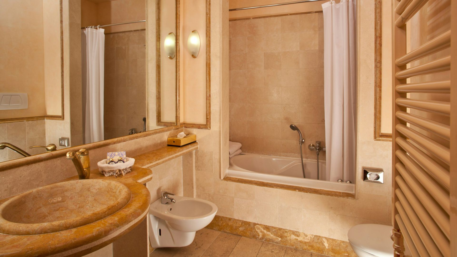 albergo-ottocento-rome-bathroom-18